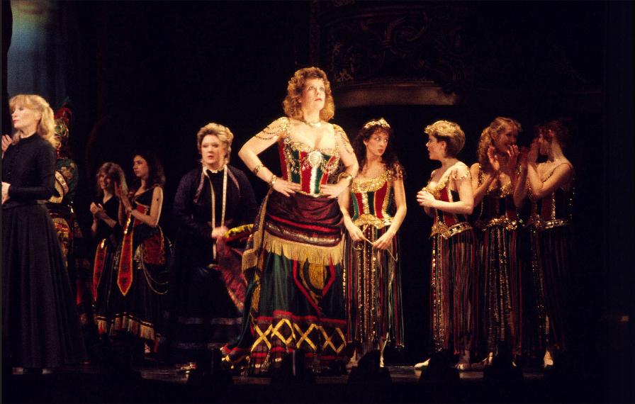 London casts of 25 years.  Rosieasherehearsal1987