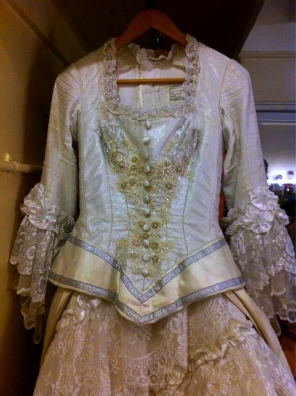 Phantom costumes - real and replicas Weddingescobaruk