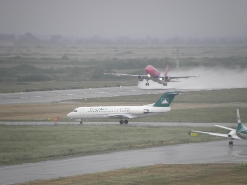 Aeroportul Timisoara (Traian Vuia) - iulie 2011 P7200099