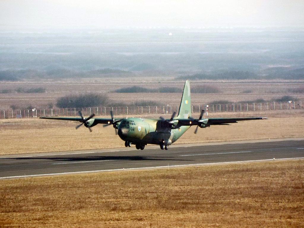 Aeroportul Timisoara (Traian Vuia) Februarie 2015 Lrtr0102_zpsb8b756c1