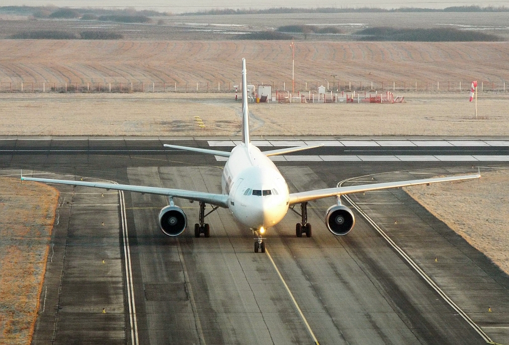 Aeroportul Timisoara (Traian Vuia) Februarie 2015 Lrtr0115_zps4222ce23