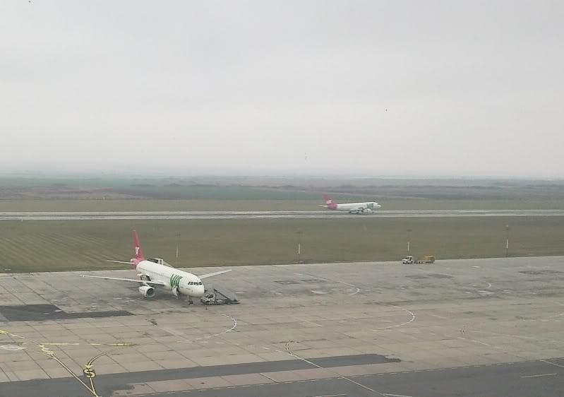 Aeroportul Timisoara (Traian Vuia) Decembrie 2010  Tsr001