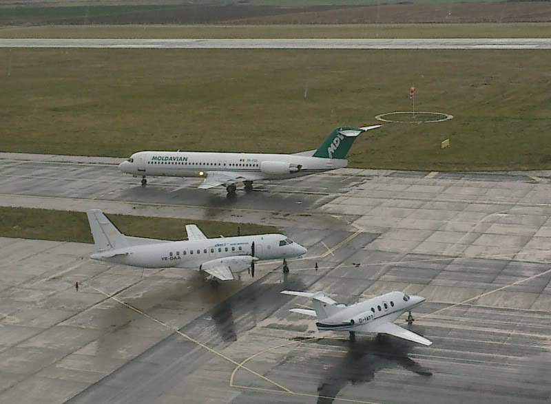 Aeroportul Timisoara (Traian Vuia) Decembrie 2010  Tsr006