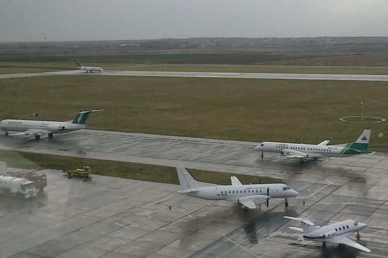Aeroportul Timisoara (Traian Vuia) Decembrie 2010  Tsr007