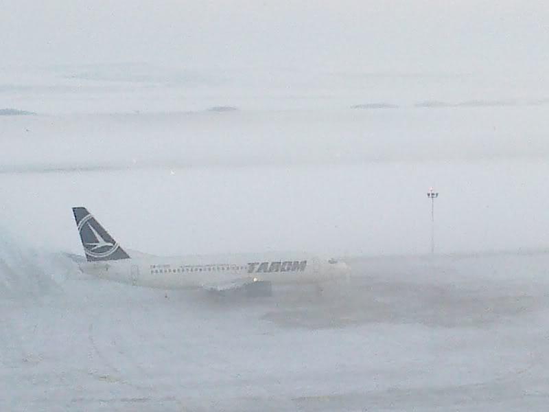 Aeroportul Timisoara (Traian Vuia) Decembrie 2010  Tsr010