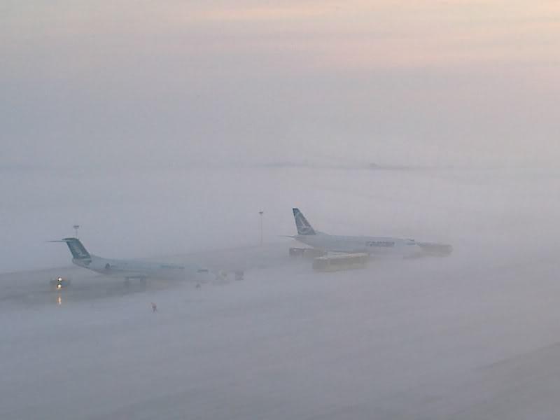 Aeroportul Timisoara (Traian Vuia) Decembrie 2010  Tsr012