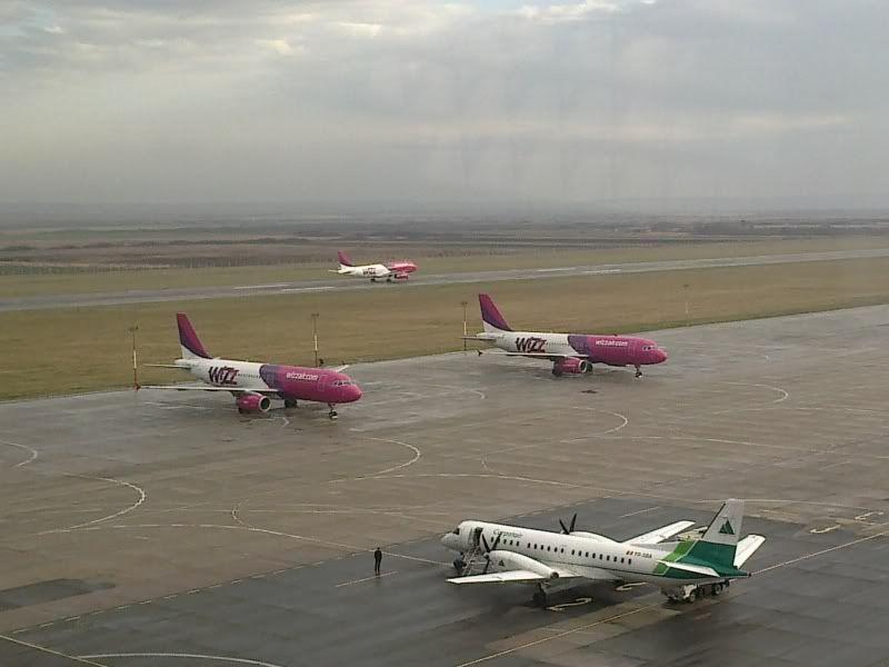 Aeroportul Timisoara (Traian Vuia) Decembrie 2010  - Pagina 2 Tsr021-2