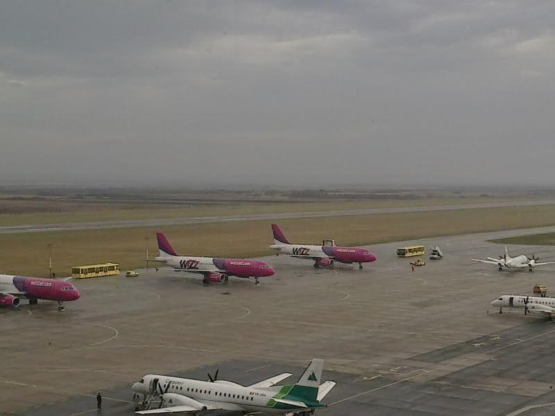 Aeroportul Timisoara (Traian Vuia) Decembrie 2010  - Pagina 2 Tsr024