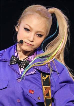 SCANDAL JAPAN TITLE MATCH LIVE 2012 「SCANDAL vs BUDOKAN」 SCABL05