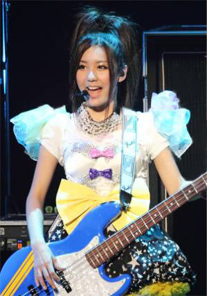 SCANDAL JAPAN TITLE MATCH LIVE 2012 「SCANDAL vs BUDOKAN」 SCABL08