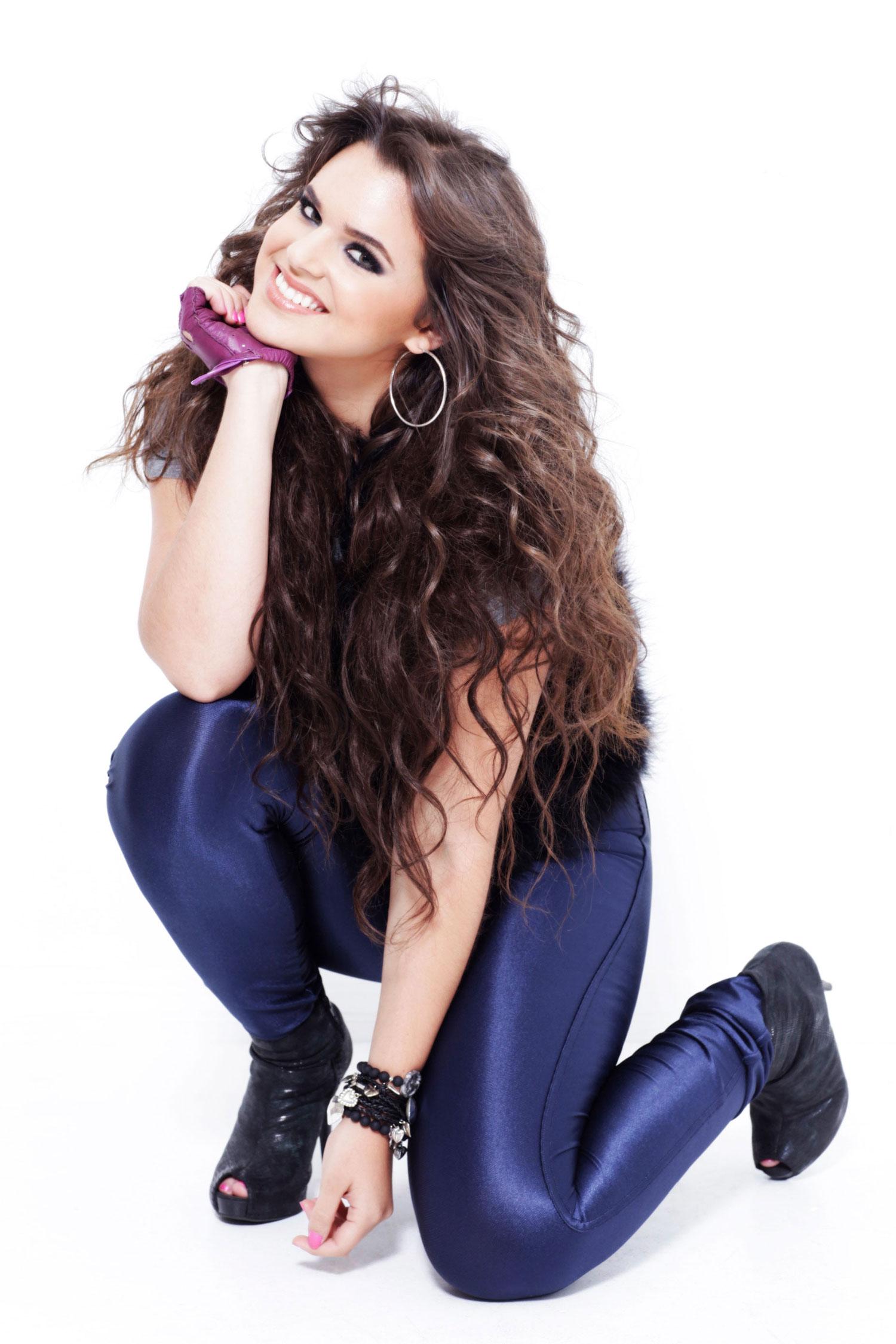 Isabella Castillo/ისაბელა კასტილიო 25c75232e49b8c84dbe1fcaaca97ab18