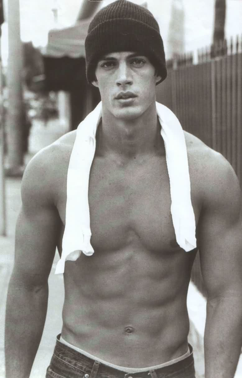 William levy/უილიამ ლევი - Page 6 6fded67424300a5458706240b0089f30