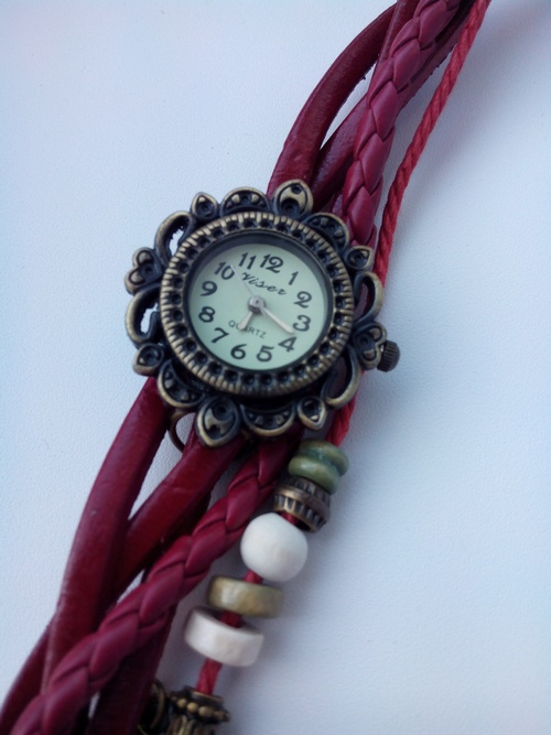 Дешевые женские часы 2accf0dddb90783467944e3b986276f3