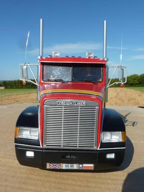 Freightliner FLD 120 P1080800_zps267fda4e