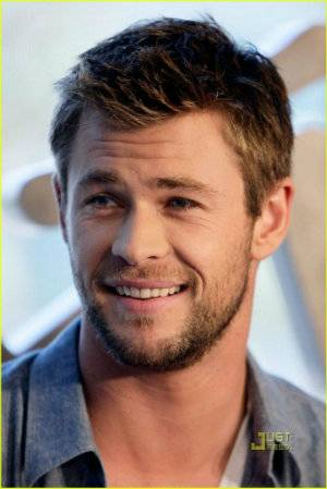 Mis Personajes (Black Diamond) - Página 2 Chris-Hemsworth-chris-hemsworth-27850567-817-1222_zps672847a1