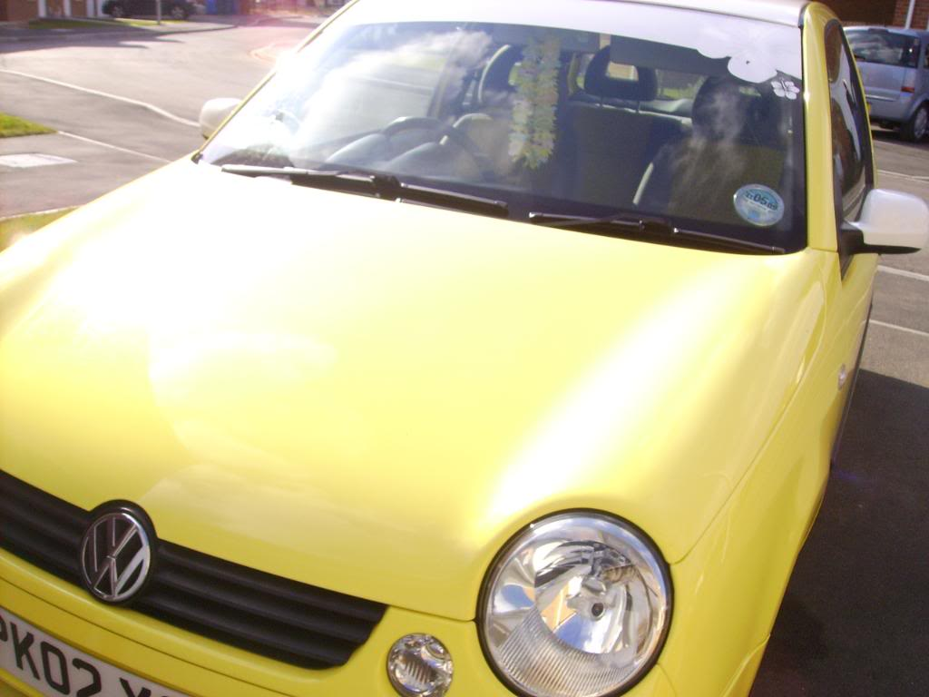 My 2002 VW Lupo 1.0E (and proud)...NEW Porsche 911 seats :D PICT0636