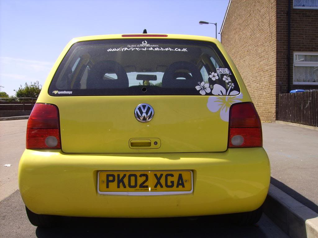 My 2002 VW Lupo 1.0E (and proud)...NEW Porsche 911 seats :D PICT0693-1