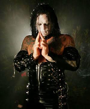FICHA DE LESTAT - (LESTAT) Vampiro