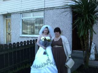 MY DAUGHTER AND HUSBAND ON WEDDING DAY 29/02/2012 Brideandmum