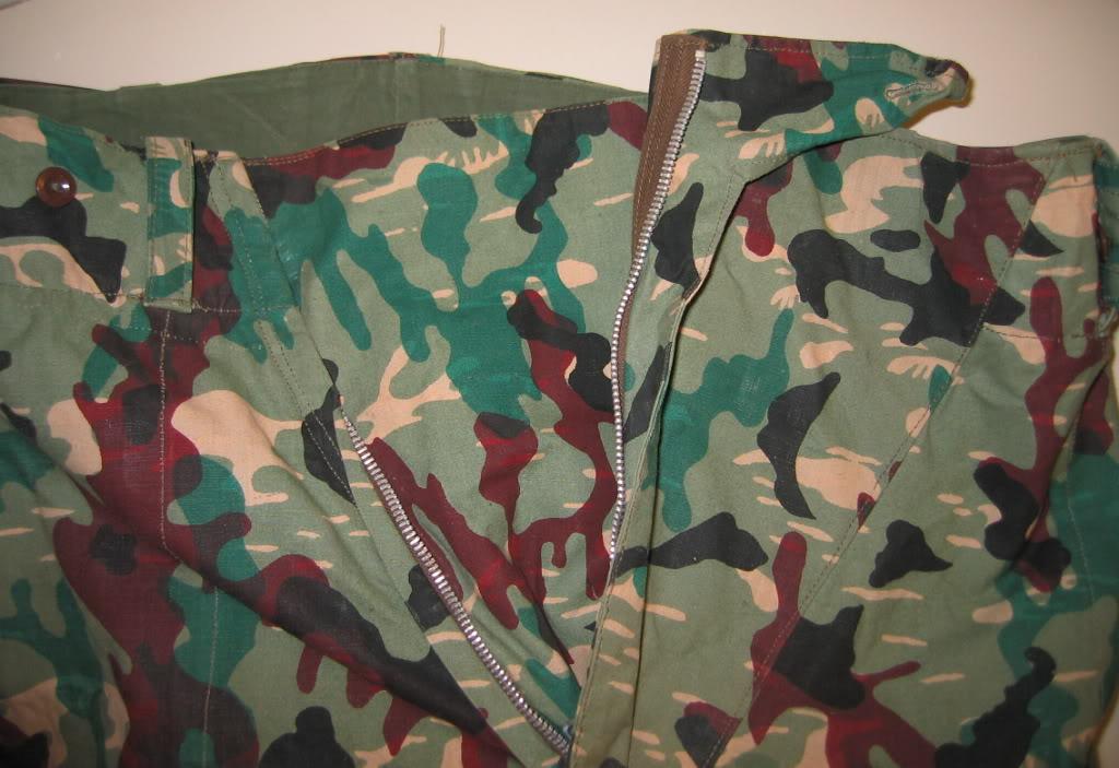 There are at least three types of Fallschirmjäger Splittertarn uniforms IMG_6118