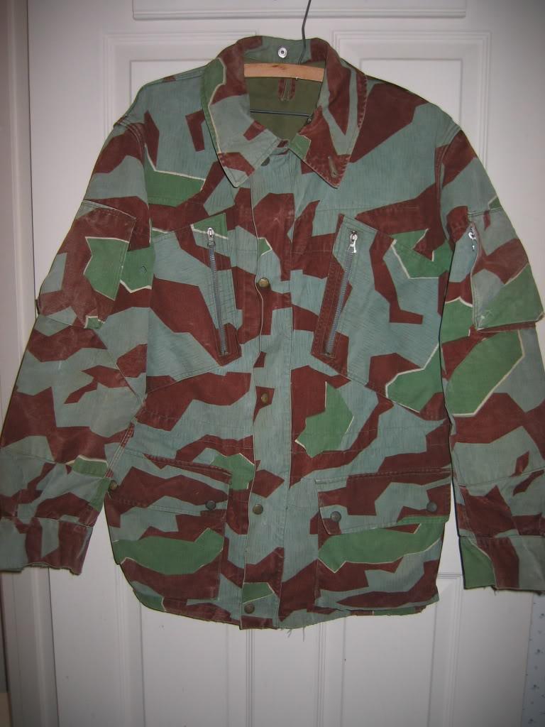 There are at least three types of Fallschirmjäger Splittertarn uniforms IMG_6203