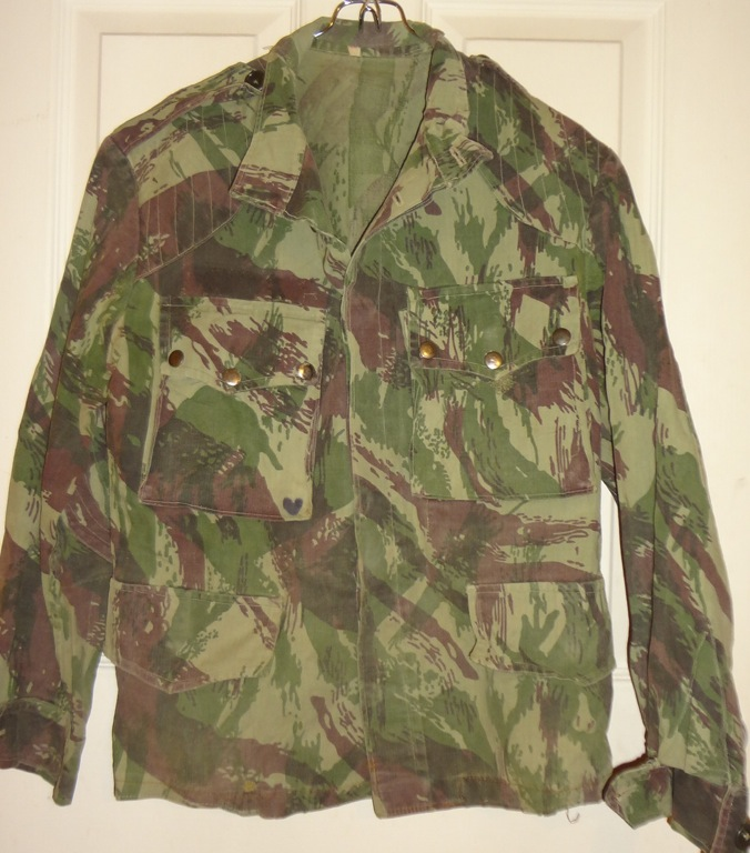Help needed identifying my oddball Portuguese uniforms File_zps4c932ba8
