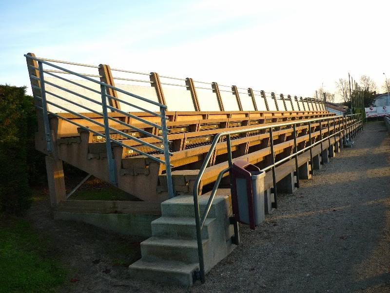 Les stades de rugby, villes de P à Z SaintPaulLesDax_StadeMunicipal03
