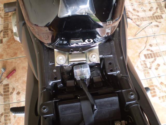 Trocando filtro de ar Bandit 650 N. - Página 2 P6110039