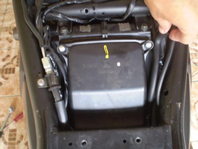 Trocando filtro de ar Bandit 650 N. - Página 2 P6110040