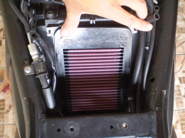 Trocando filtro de ar Bandit 650 N. - Página 2 P6110046
