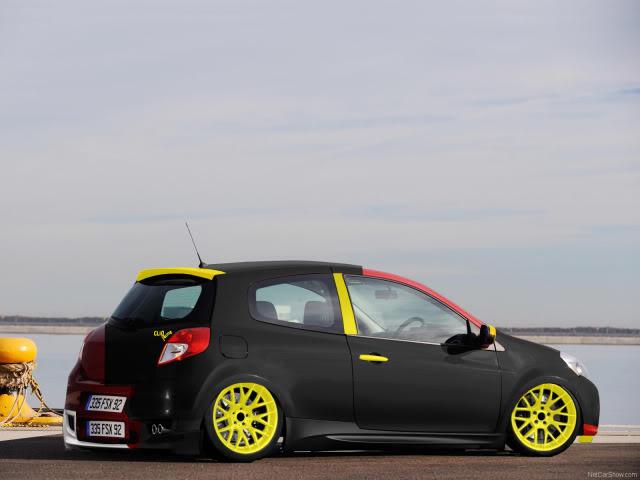 My photoshops Renault-Clio_2009_1600x1200_wallpap