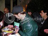 Robert Pattinson, Kristen Stewart , Taylor Lautner et Chris Weitz, à Paris, le 10 Novembre 2009... Th_Photo500copie