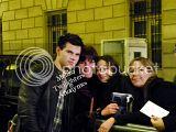 Robert Pattinson, Kristen Stewart , Taylor Lautner et Chris Weitz, à Paris, le 10 Novembre 2009... Th_Photo526copie