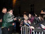 Robert Pattinson, Kristen Stewart , Taylor Lautner et Chris Weitz, à Paris, le 10 Novembre 2009... Th_Photo529copie