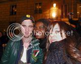 Robert Pattinson, Kristen Stewart , Taylor Lautner et Chris Weitz, à Paris, le 10 Novembre 2009... Th_Photo535copie