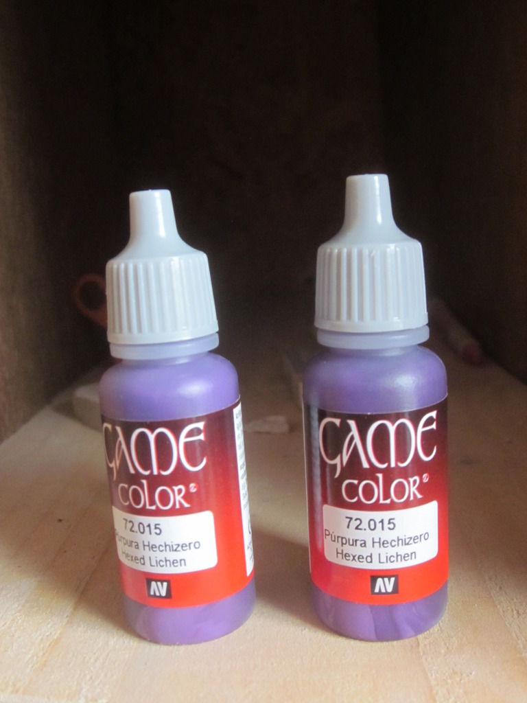 Primer and Paint that I'me using on my tank. IMG_4647_zpshsvehw4u