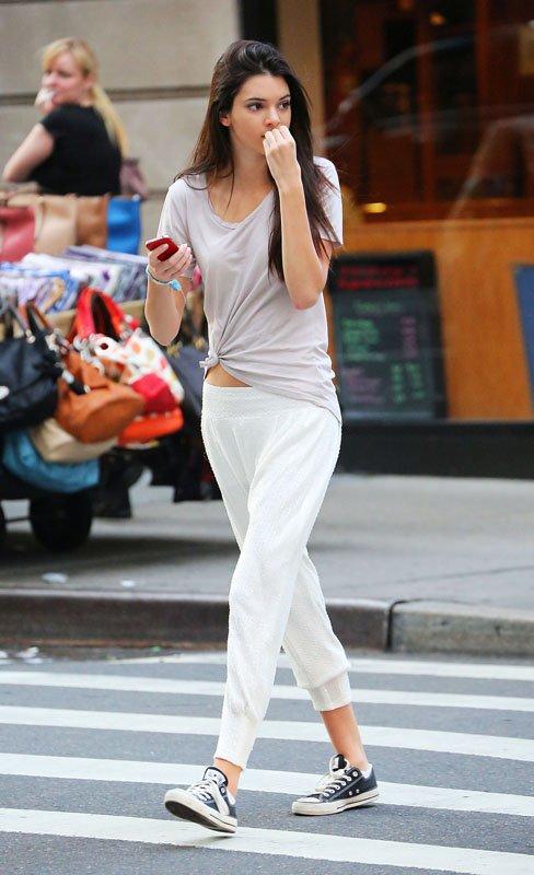 Kendall Jenner/კენდალ ჯენერი - Page 3 9cf2269192971fc85e507ad5060a3fbc
