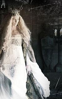 მსახიობები ,რომლებსაც დედოფლის როლი უთამაშნიათ !!! 1be62ccb48049ff9ebe7603a5bfea4dc