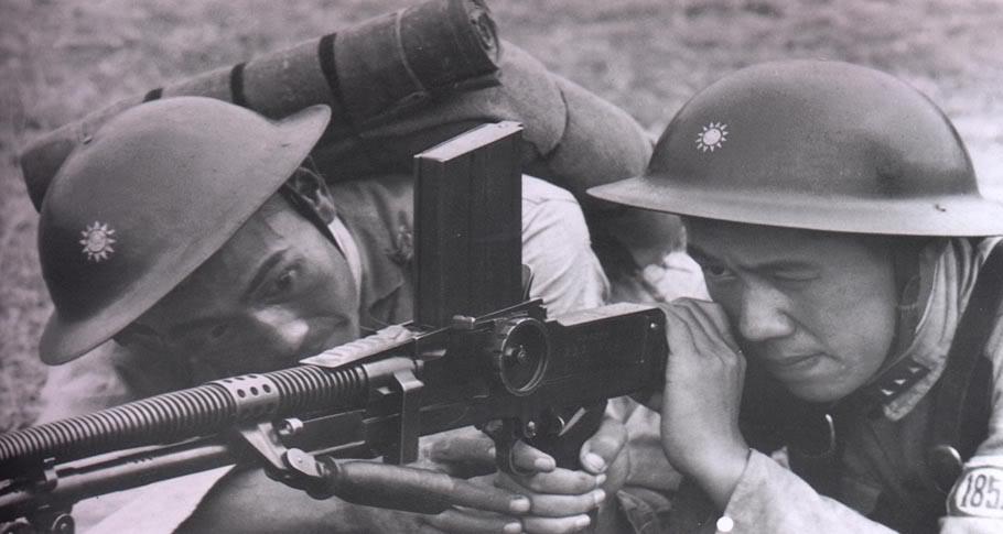 soldats chinois LMG