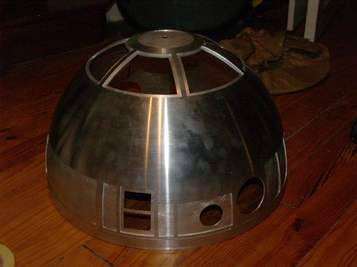 1:1 R2-T0 / R2-G2 Astromech droid Astromech61_zpsdc5dea0c