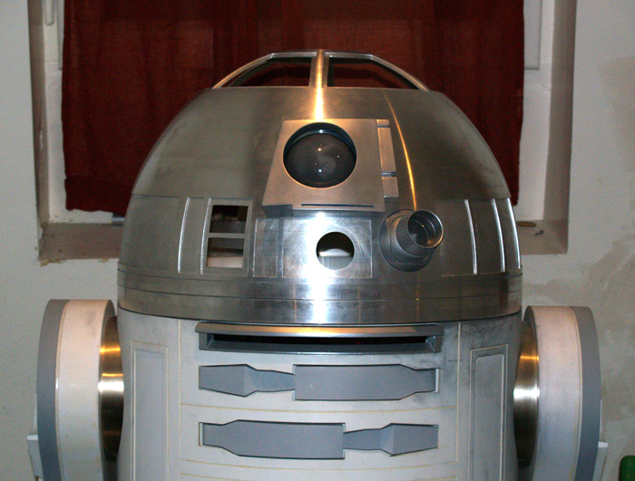 1:1 R2-T0 / R2-G2 Astromech droid Astromech65_zps979fc8de