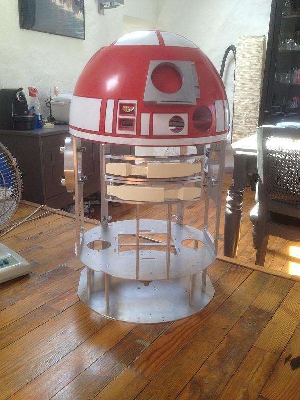 1:1 R2-T0 / R2-G2 Astromech droid Com8bframe_zpsac76721d