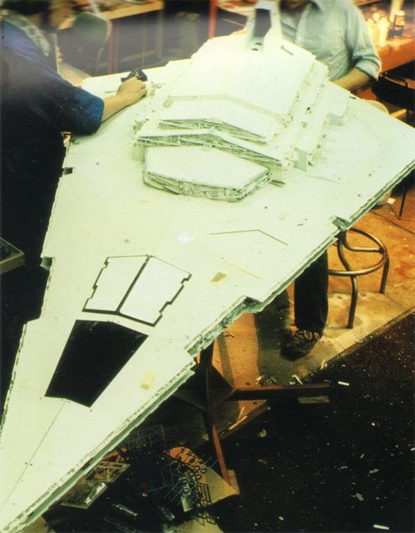 Star Destroyer de L'Empire Contre-Attaque ISDILMbuildingpic11