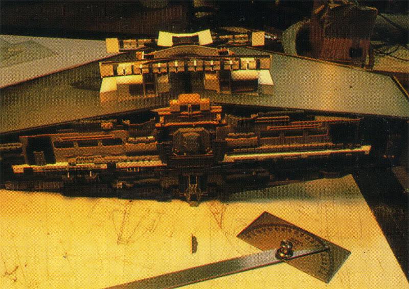 Star Destroyer de L'Empire Contre-Attaque ISDILMbuildingpic5