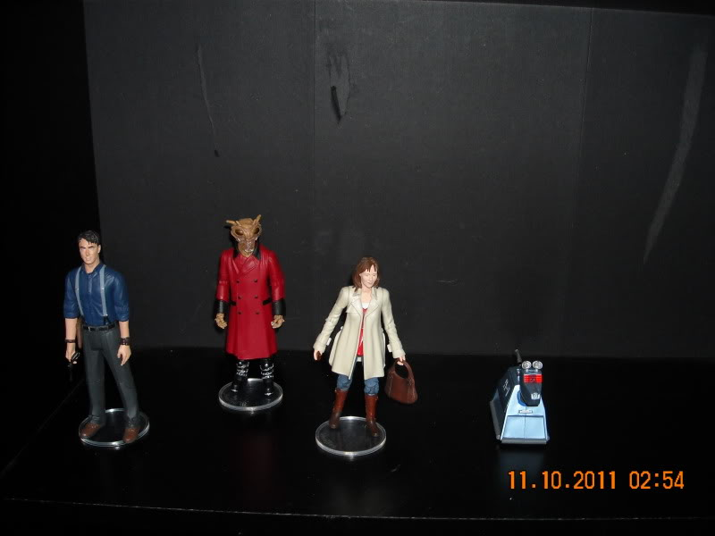 Show off your figure collections!!! - Page 3 DSCN0675