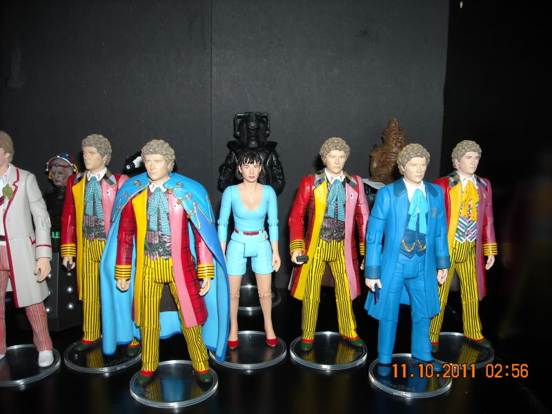 Show off your figure collections!!! - Page 3 DSCN0681