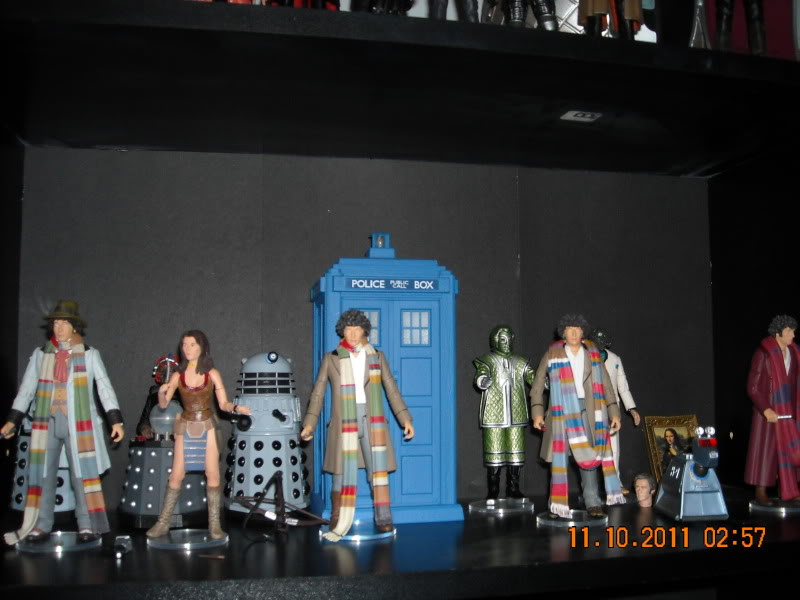 Show off your figure collections!!! - Page 3 DSCN0683