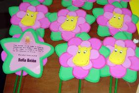 ideas para centros de mesa y decoracion de los backyarndigas Invitacinflortasha