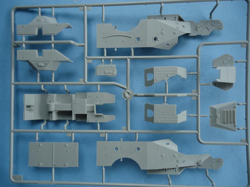 Trumpeter BTR 40 B40-8
