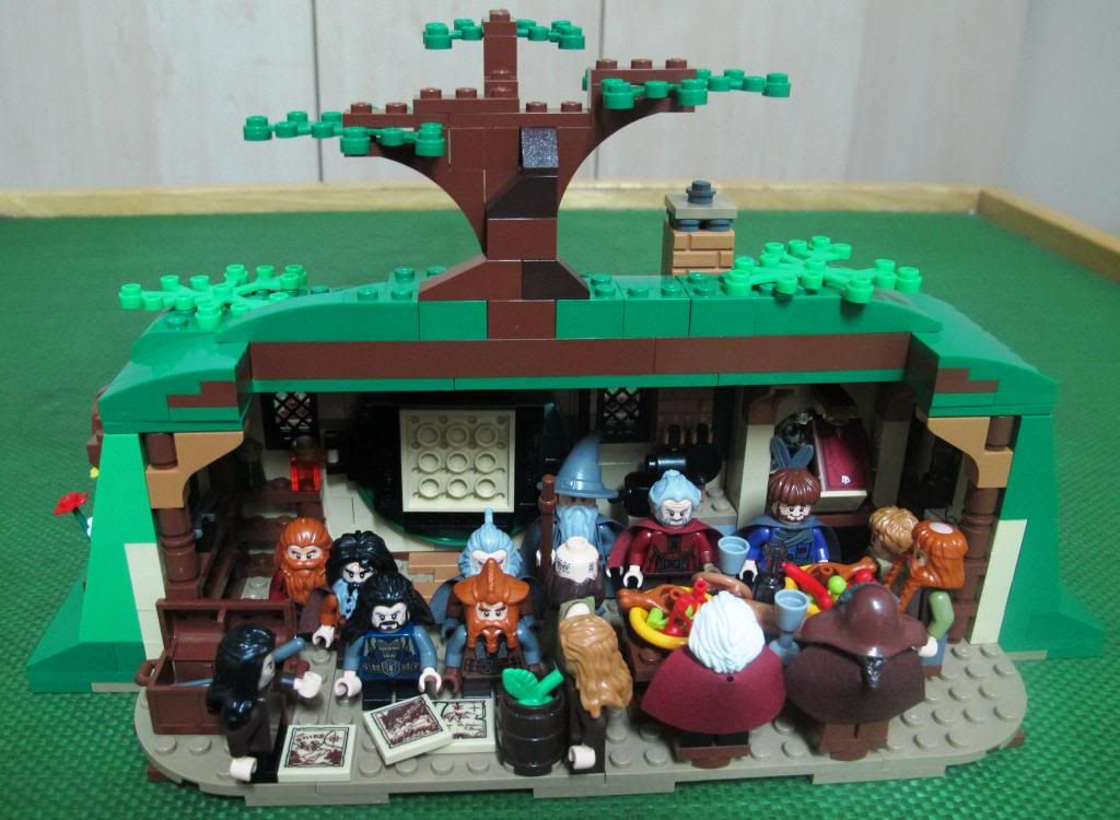 Review: [The Hobbit] 79003 An Unexpected Gathering 28_zps19c86170